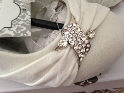 GIRLS SPARKLY IVORY SATIN FLOWER GIRL BRIDESMAID WEDDING COMMUNION SHOES SANDALS