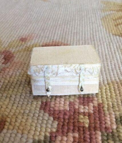 Pat Tyler Dollhouse Miniature Silk Bag Luggage Suitcase Valise Satchel Grip p553