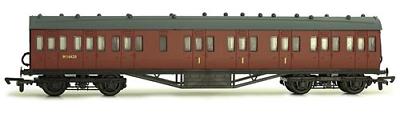 Dapol C095d 57ft Stanier Non Corridor Composite Br Carmine M16620 Coach Kit Oo In Viaggio