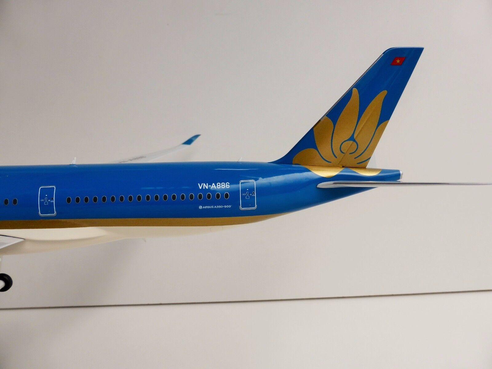 Vietnam Airlines Airbus A350 A350 A350 Xwb 1 200 Herpa 557498 a 350 A350-900 Vn-A886 b2b727