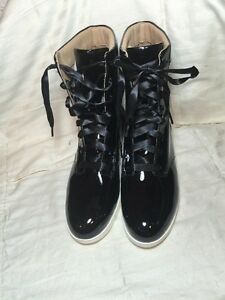 WOMENS TSUBO EMILEE BLACK PATENT LEATHER BOOTS SZ US 8 NEW NWOB