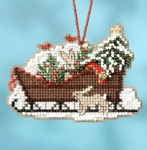Mill-Hill-Counted-Glass-Bead-Kit-3-5-x-2-5-in-WOODLAND-SLEIGH-16-1735-Sale
