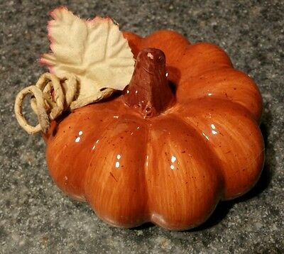 "Ceramic Pumpkin Fall Thanksgiving Decor Brown Stem Leaf 4"" Tall x 15"" Around"