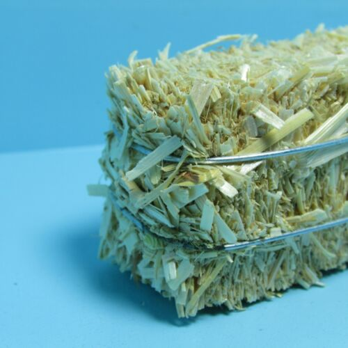 Dollhouse Miniature Farm Square Hay Bale with Metal Cords MUL5432