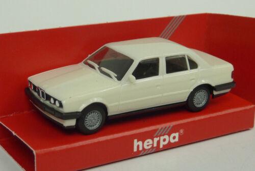 2078 BMW 325i 4-türig Bianco in scatola originale Herpa 1:87 n a570