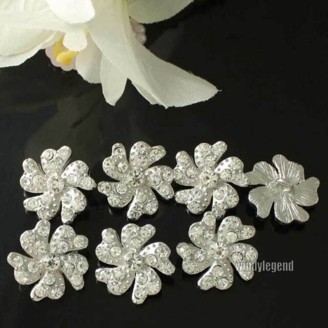 20 pcs Clear Rhinestone Flower Crystal  Silver Tone Shank Buttons 1.9 cm