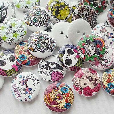 New 10/50/100/500pcs Skull Head Wood Buttons 20mm Sewing Craft Mix Lots