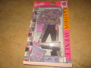 Rare-Barbie-Fashion-Avenue-Clothes-Jeans-made-in-2002-by-Mattel
