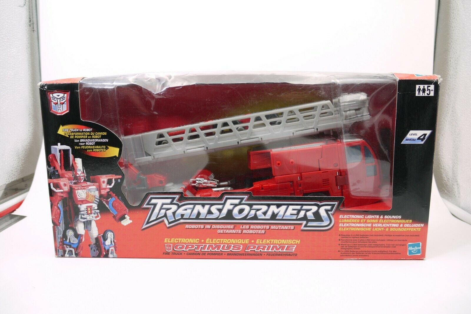 Transformers Robot in Disguise 2001 OPTIMUS PRIME FIRE TRUCK FIGURE MIB