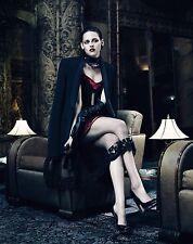 Kristen Stewart Unsigned 8x10 Photo (75)