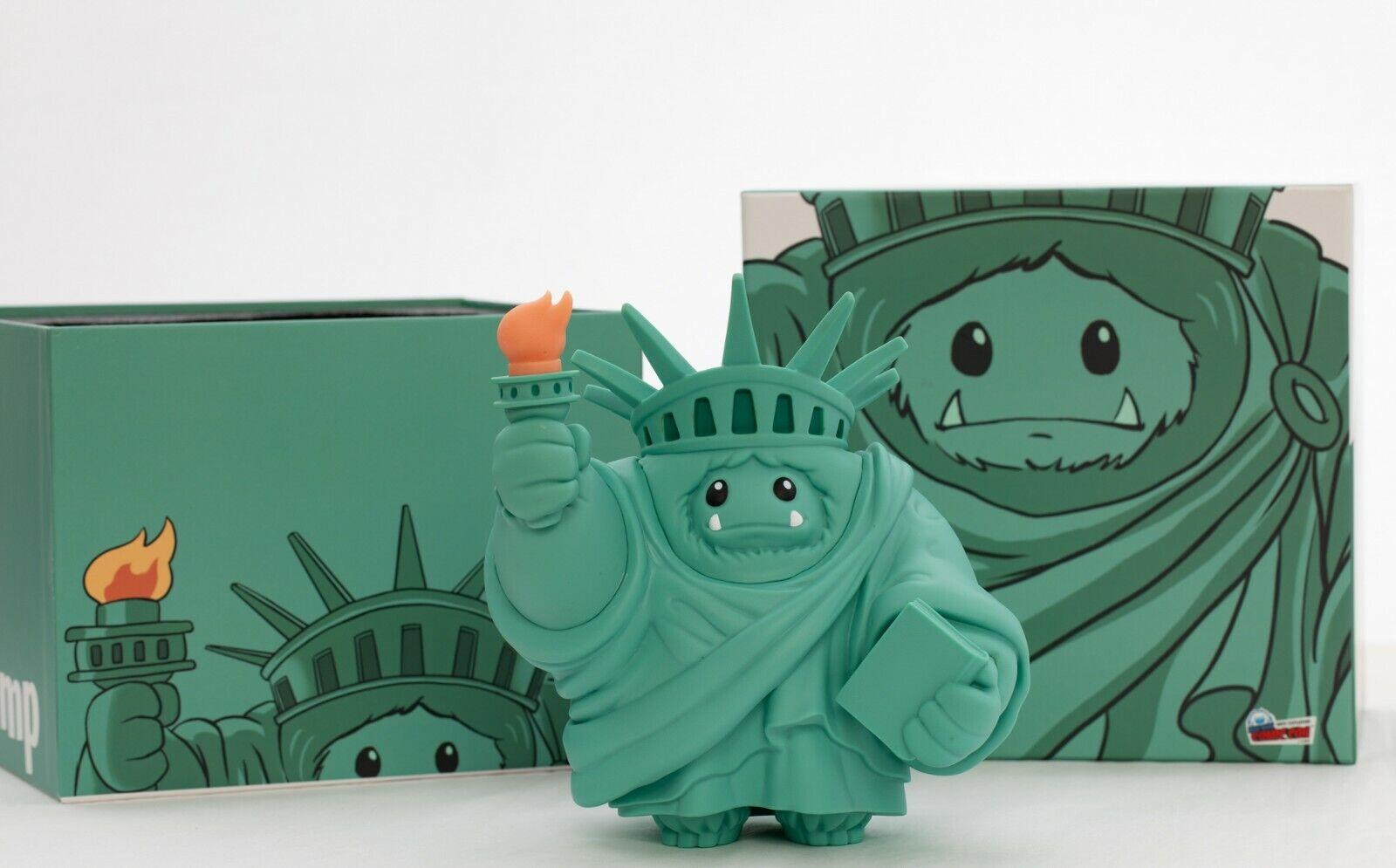nuovo York FUMETTI con 2019 esclusivo LIBERTY ingoiare ABOMINEVOLE giocattoli cifra in vinile Glow Torcia propugnata