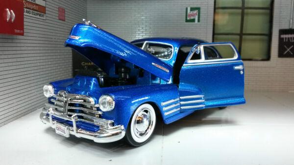 AgréAble 1:24 Scale Chevrolet Aerosedan Fleetline 1948 Motormax Model In Blue 73266b