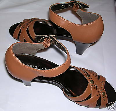 KENNETH COLE REACTION STUD - STACKER SANDALS - 8M - STUD NEW 268241