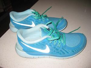 Nike-Free-5-0-Ladies-running-shoes-Blue-Size-7y-8-5-US-used-good-condition