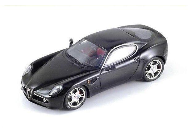 Alfa Romeo 8C Competizione  noir  2004 (Spark 1 43   S0394)