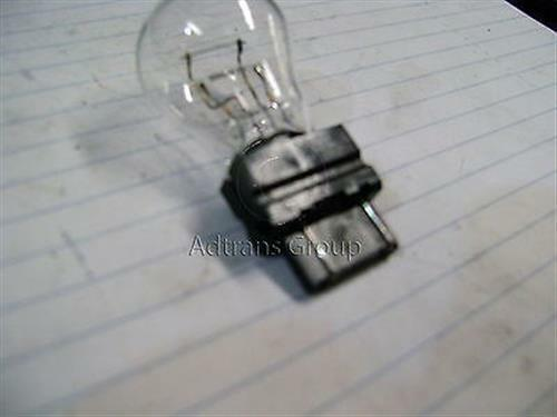 GENUINE CHRYSLER PL NEON STOP TAIL LAMP GLOBE P27/7W PUSH IN TYPE