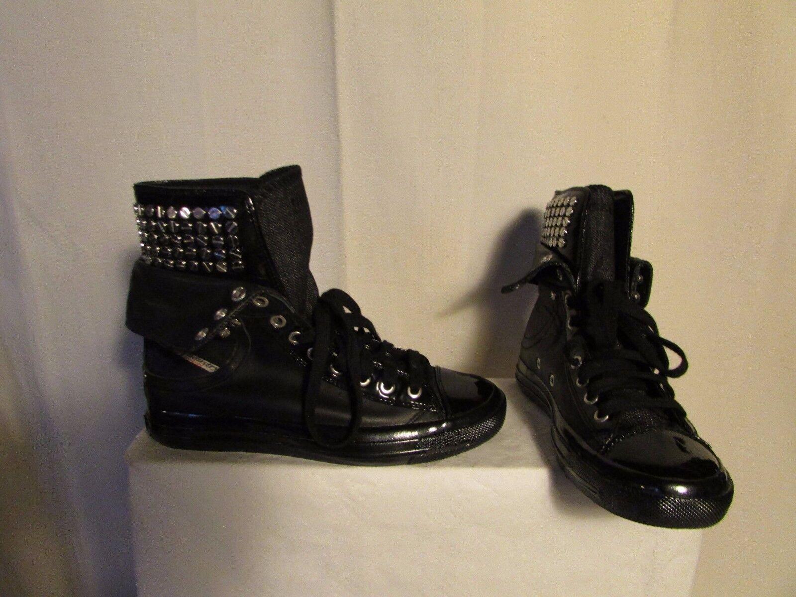 baskets DIESEL cuir noir et métal 36,5