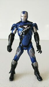 Marvel-Avengers-Iron-Man-Stark-Blue-Suit-10cm-Action-FIGURE-New-Without-Box
