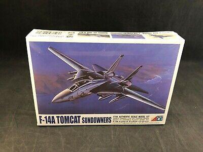 Ari 52032 1:144 F14A Tomcat Sundowners Fighter Jet