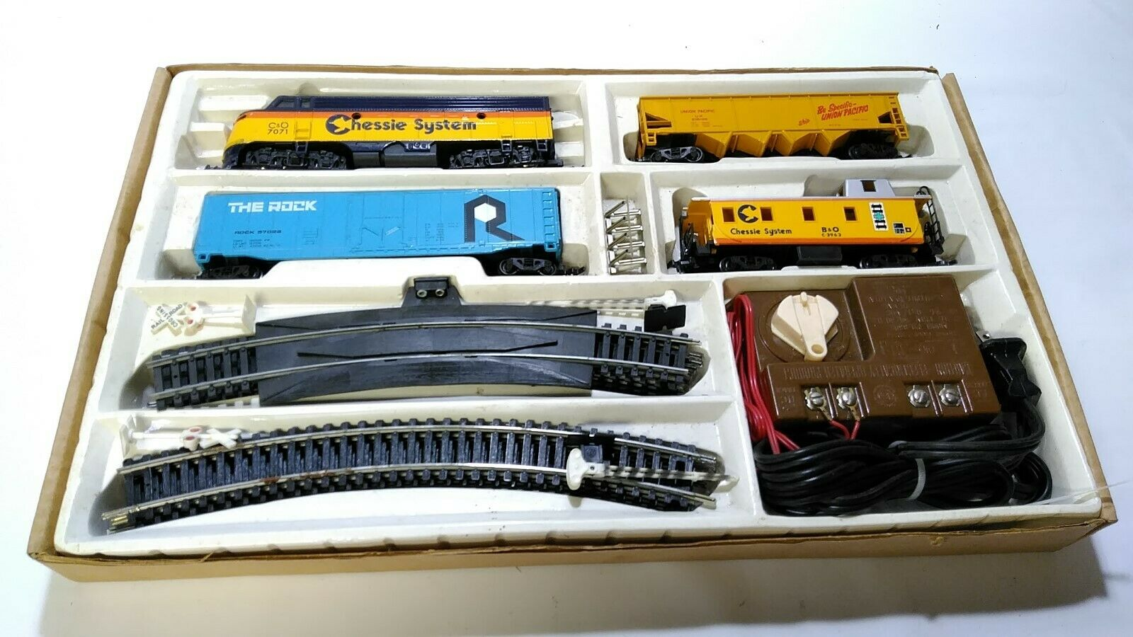 Chessie System C&O 7071 Train Set Bachman, Complete HO