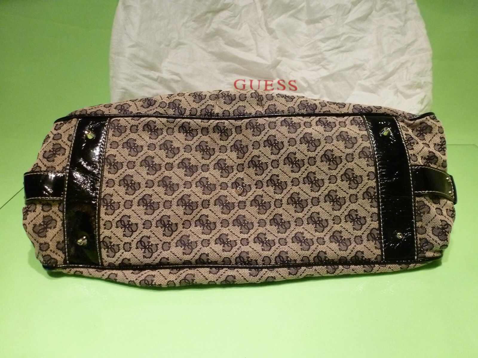 GUESS  BAG - USED VINTAGE BAG - IN IN IN VERY GOOD CONDITION -  EXTREMELY  RARE . 520eed