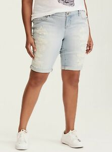 9e3fddc138f Image is loading Torrid-20-Boyfriend-Bermuda-Shorts-Light-Wash-Ripped-