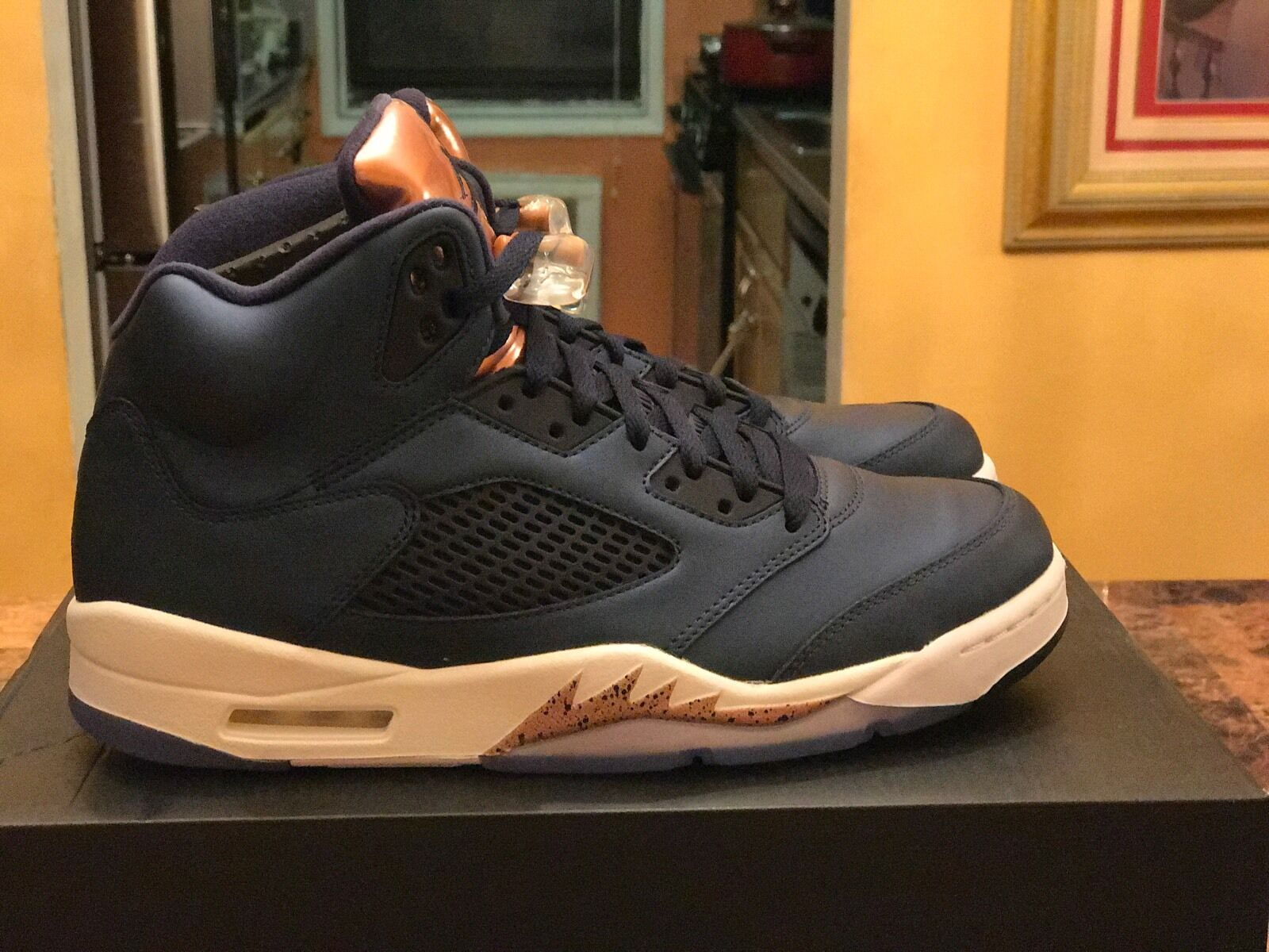 Air Jordan 5 Retro Bronze Size 10.5 ds 100% authentic 136027-416 with receipt
