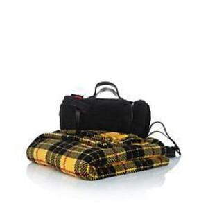 Jeffrey-Banks-Roll-Up-Blankets-1-Plaid-red-wht-grn-1-solid-grn