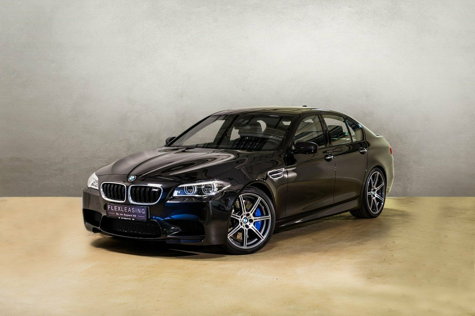 BMW M5 4,4 Competition DKG 4d - 6.989 kr.