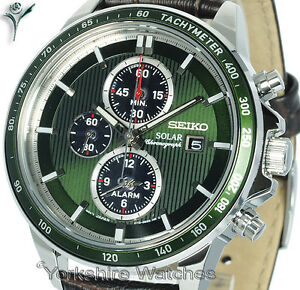 New-SEIKO-SOLAR-CHRONOGRAPH-GREEN-FACE-WITH-BROWN-LEATHER-BUCKLE-STRAP-SSC501P1