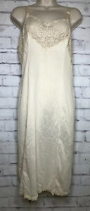 Wonder-Maid-Slip-Womens-and-Lace-Satin-Silky-Nylon-USA-Sz-38-Beige-Non-Cling