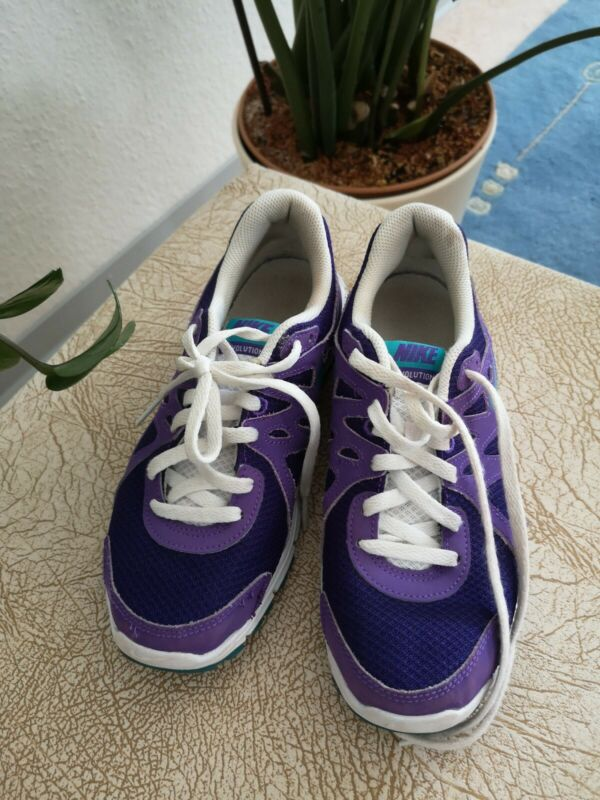 100% Wahr Nike Kinder Schuhe Sport Schuhe Gr. 36,5