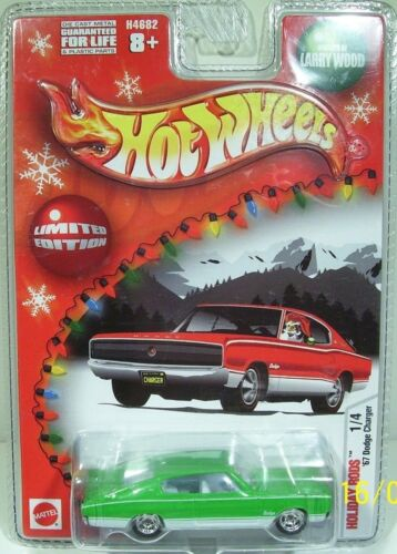 HOT WHEELS 2004 HOLIDAY RODS 67 CHARGER COMPLETE SET OF 4 COLORS MOM REAL RIDERS