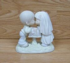 Genuine Precious Moments (524441) - Sealed With a Kiss - Figurine Only **READ**