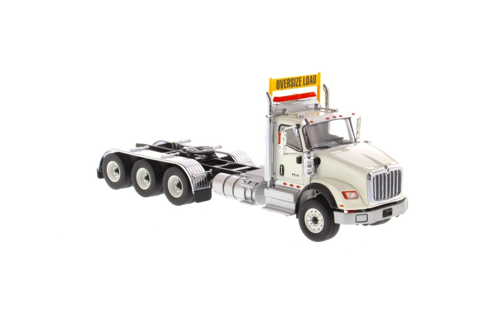 International 1 50 scale HX620 White White White Tridem Tractor - Diecast Masters 71007 4cafc5
