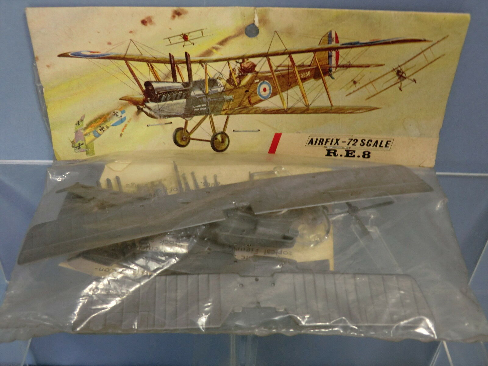 AIRFIX KIT MODEL No.xxx            R E 8 RAF  BI- FIGHTER        UNMADE BAG KIT