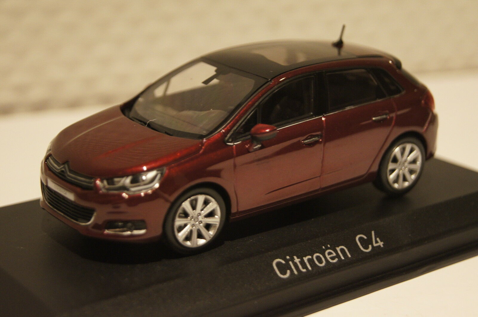 Citroen C4 2015 red metallic 1 43 Norev neu neu neu & OVP 155444 557714