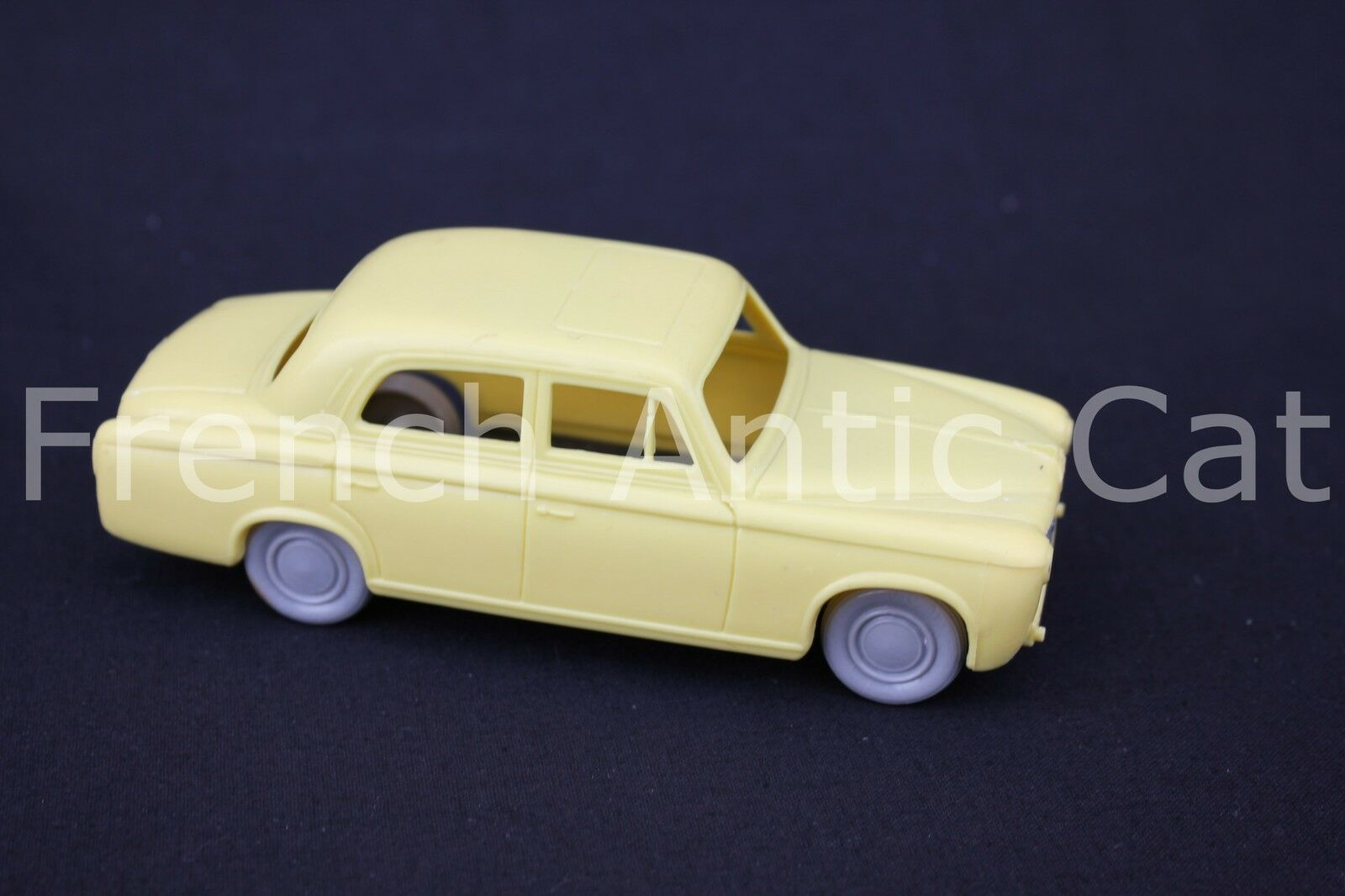 G926 voiture 1 32 BS Beuzen Sordet PEUGEOT 403 Made in france coq Jaune