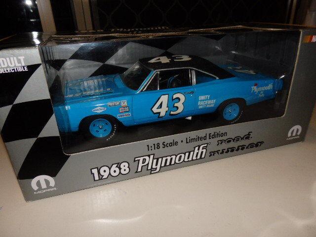1 18 Ertl Mopar Nascar 1968 Plymouth Road Runner Richard Petty
