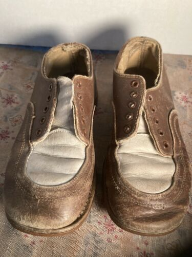 Costume Cute Pair Little Boy Brown White Shoes 193