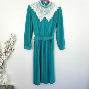 vintage blue teal white lace collar pleated long sleeve