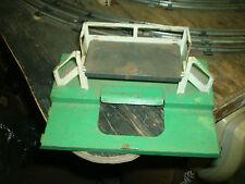 Lionel Train-Milk Car and Platform, 36621