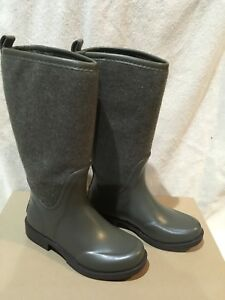 a4bb0c8368a Details about NEW! UGG Australia Reignfall Waterproof Rain Boots With  Sheepskin Size 5 $150