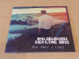 OASIS-Noel-Gallagher-039-s-High-Flying-Birds-AKA-What-A-Life-CD