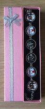5 Seconds of Summer 5SOS Disc Link Bracelet with Pink Gift Box..