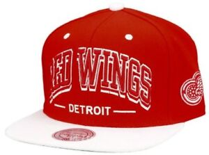 Mitchell And Ness - Detroit Red Wings Red/White Triple Arch Snapback