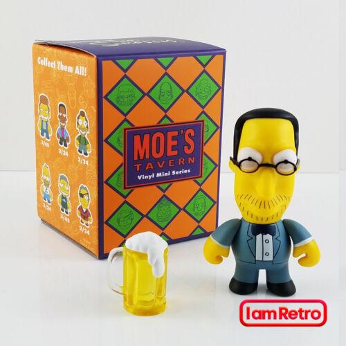 Joey Jr Moe/'s Tavern Mini Series The Simpsons by Kidrobot Brand New