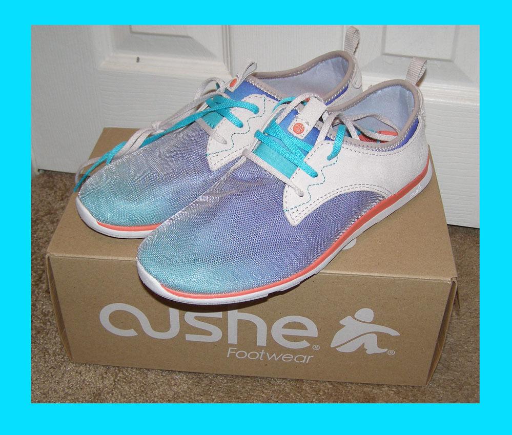 Nueva con caja Cushe Shakra zapatos  9-9.5 ante y lona tenis de correr ligero