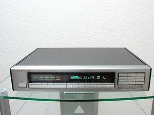 Onkyo-Integra-T-4850-High-End-Tuner-in-silber-Zubehoer-12-Monate-Garantie