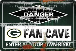 Packer Man Cave Signs : These are the best packers color room i have seen so far